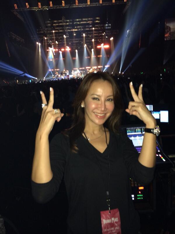 Omg @BrunoMars concert is sooooooooooooo good!!!!!!!