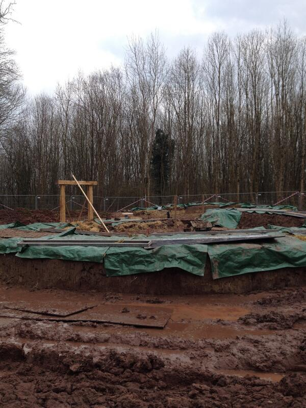 Another good week on site. #BrynEryr walls tidied, and it's starting to look like a round house #makinghistory http://t.co/TPXAhtSt9K