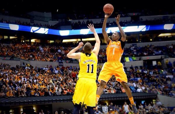 So proud of this @Vol_Hoops team! What an exciting March Madness run! We battled until the end! #VFL http://t.co/HEPYCjx4Ga