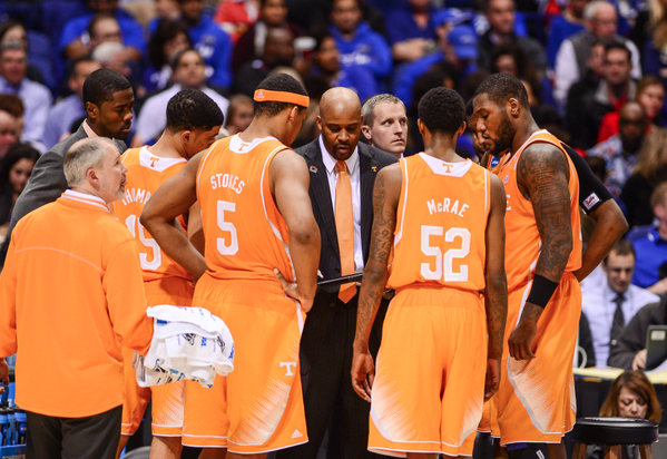 """""""@CuonzoMartin last 3 weeks, I saw a team become men before my eyes. I'm so proud of all them"""" Right with you Coach! http://t.co/GHyIH7O4dx"""