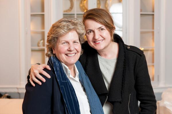 Please join with us in wishing Sandi and Debbie Toksvig every happiness and thanks for sharing your big day with us http://t.co/uu0mIOSEn3