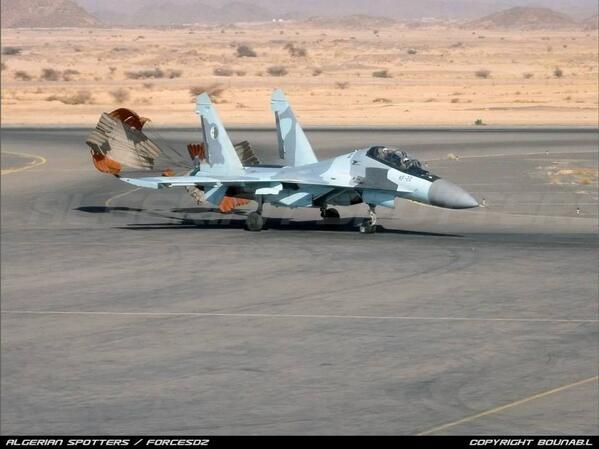 القوات الجوية الجزائرية واقع و أفاق التطوير  Bj5rPt8CMAAjZQF