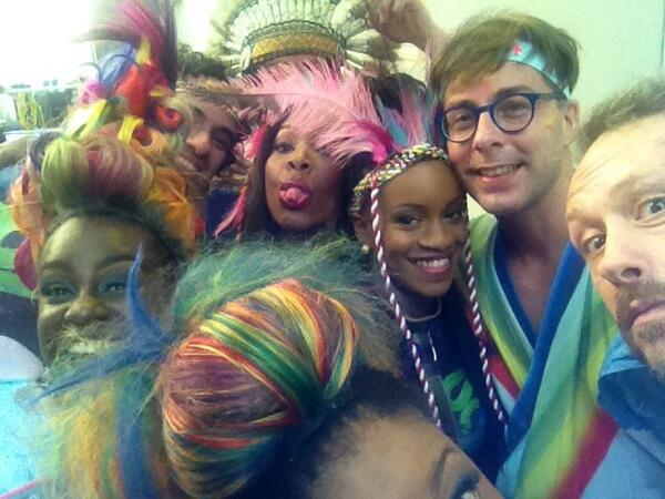 @TheBasementJaxx ... THIS pic tho!
