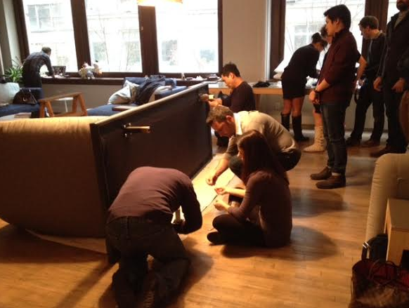 #sofa4manhattan almost done in NY... Manhattan are you ready for your first crowdcrafted + handmade artisan sofa? http://t.co/hIxMKQe22Q