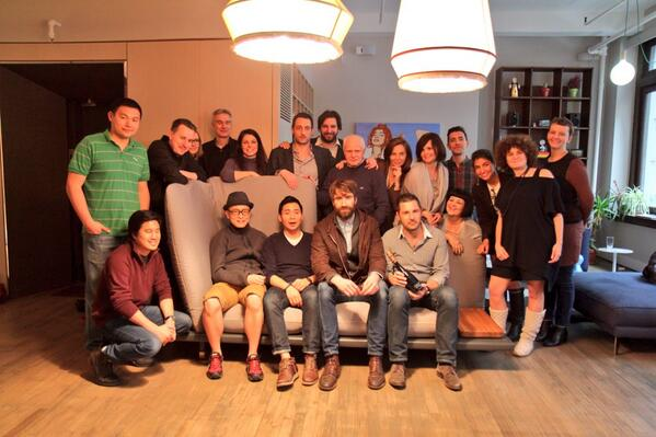 Crowdpicture #crowdcrafting #sofa4manhattan http://t.co/ozAQRgNei9