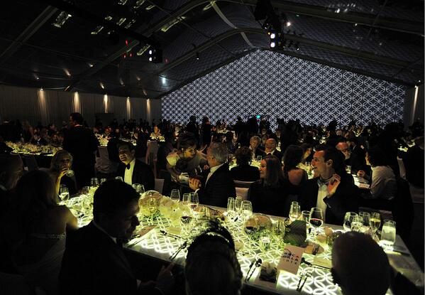 The scene at dinner from our 35th Anniversary #MOCAgala presented by @LouisVuitton_US http://t.co/rglA0cx4eH