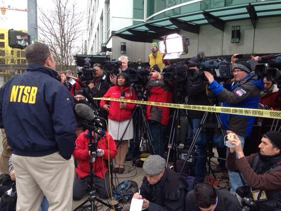 NTSB investigator speaking to media about helicopter crash. Cause being investigated. http://t.co/9GqYfEYfzN