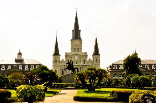 """There are a lot of places I like, but I like New Orleans better."" - Bob Dylan http://t.co/mNalFOZcah"