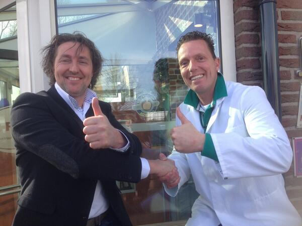 Ook Het Pakhuis in De Klomp heeft de keus van Rob Geus binnen !!feli  # trots #sbs http://t.co/nB5KMZtSs4