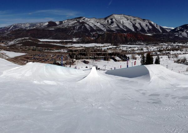 The @RedBull #DoublePipe is terrifyingly awesome to drop into - http://t.co/PV5Yyorxqo