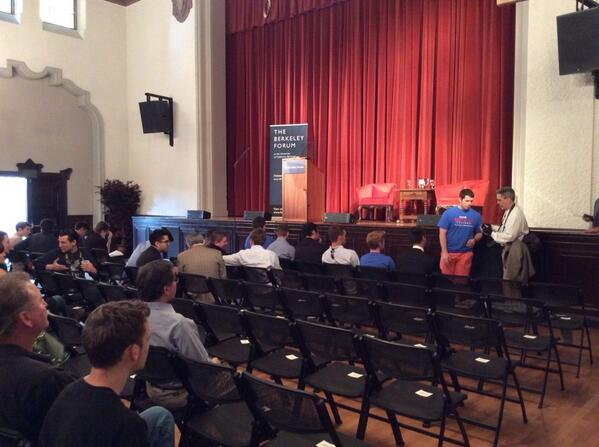 Ready for Rand! We're counting down the minutes until he speaks! @berkeleyforum @SenRandPaul #RandatBerkeley #tlot http://t.co/jTmQSEZZIP