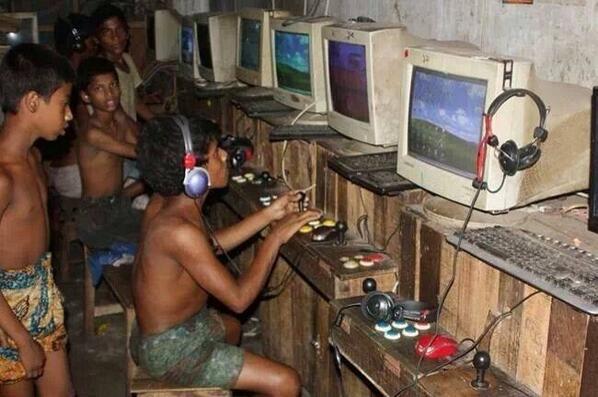 海外のゲームセンター事情 http://t.co/cvRcRArhQV