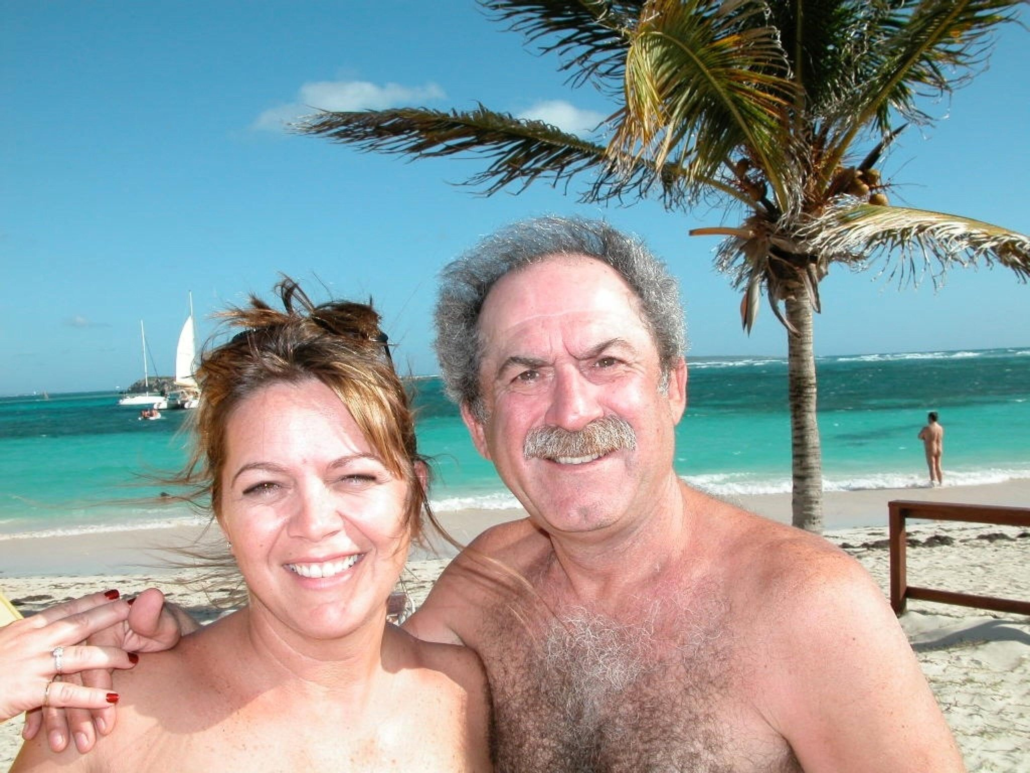 Becky Kevoian On Twitter Nude Beach Etiquette Check Out The Guy
