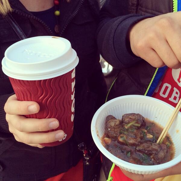 Costa coffee for me, stinky tofu for him. #crossculturalcouple pic.twitter.com/JSqWb7IaaM