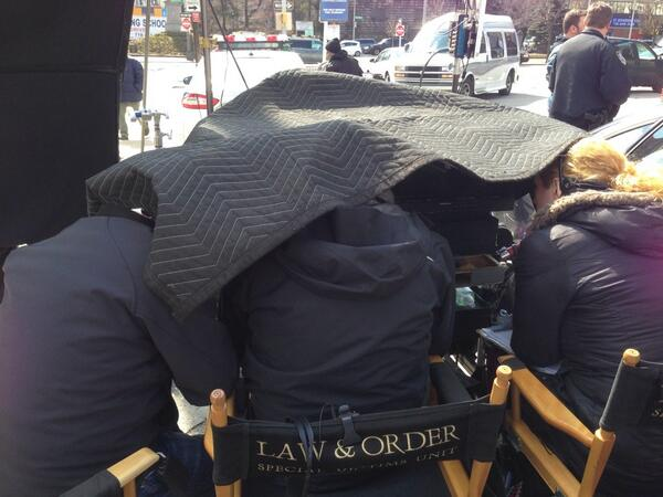Just another day at work #SVU http://t.co/4rKAnklKkp