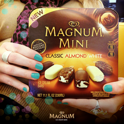 Hello Spring! Hello new MAGNUM Mini variety pack. http://t.co/if2y5GvI8f