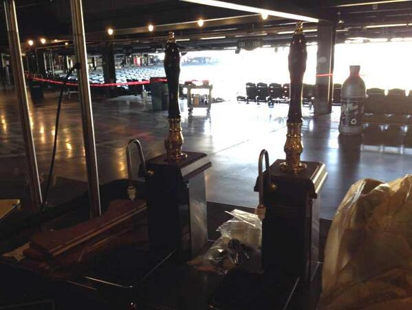 Cask-conditioned beer at Safeco Field? Yep. For real. Go @Mariners! http://t.co/57j4M2NXnY http://t.co/C6GIsi6K1v