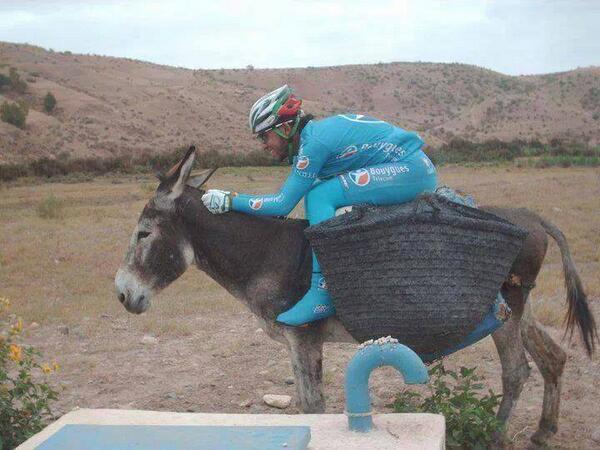 Ciclismo y humor BjPfYFtCIAAD2Bw