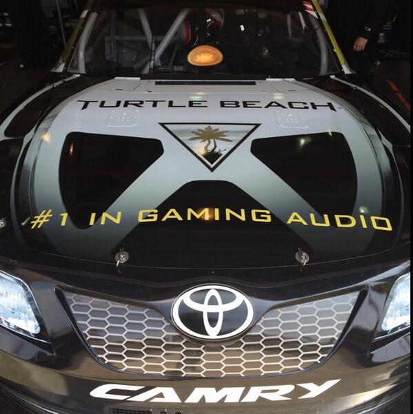 Here's the hood on our No.20 Toyota this weekend which features @TurtleBeach! http://t.co/8BzS4P953k