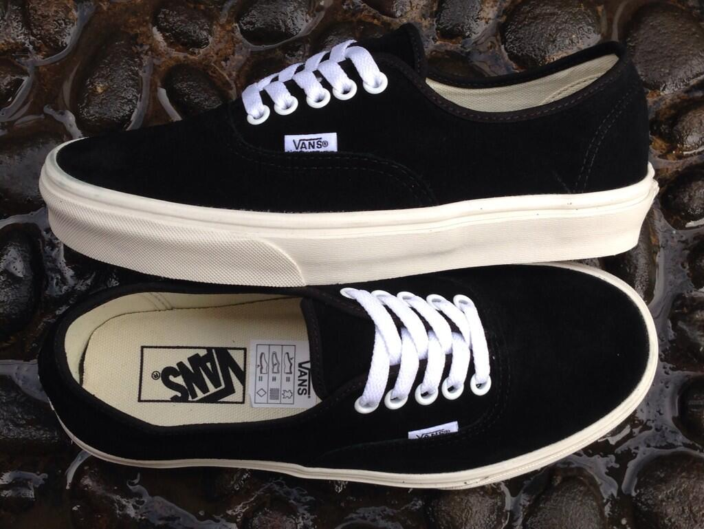 vans authentic marshmallow