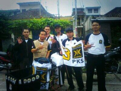 Tim Gerobak Cinta PKS Sadang Serang