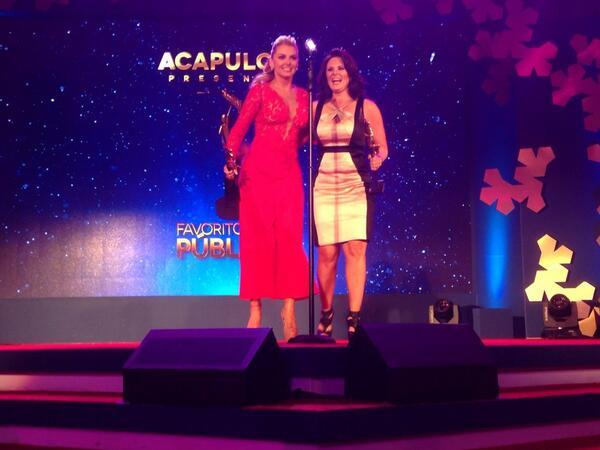 """Premios TVyNovelas 2014"" BjTegMRCYAES42u"