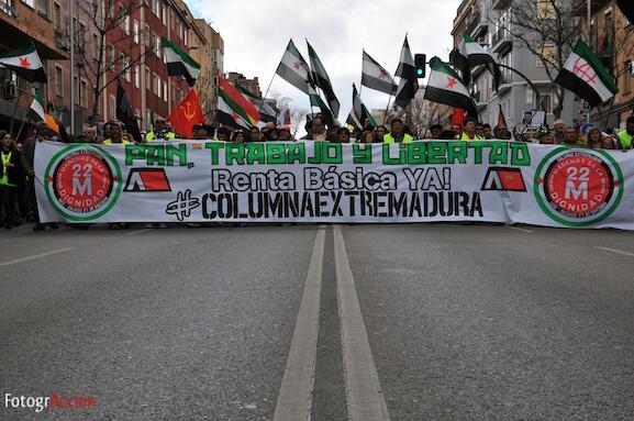 Primeras fotos de las Marchas de la Dignidad #22m Columna Extremeña http://t.co/qKPl2VgJBf
