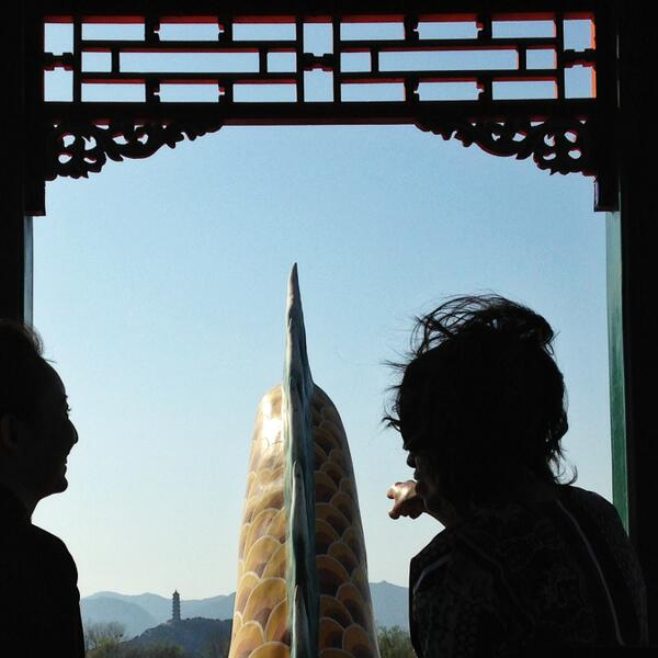 Touring the extraordinary Summer Palace in Beijing. http://t.co/rrwO5Cqgx8 #FLOTUSinChina http://t.co/epbxjhJmcZ
