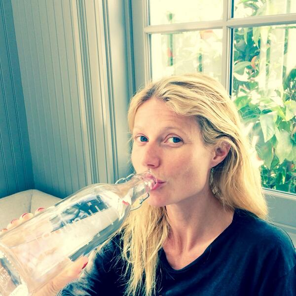 Full of healing power. #iLoveWater #WorldWaterday @drop4drop http://t.co/EvODRItH0S http://t.co/CzUYMlLqbv