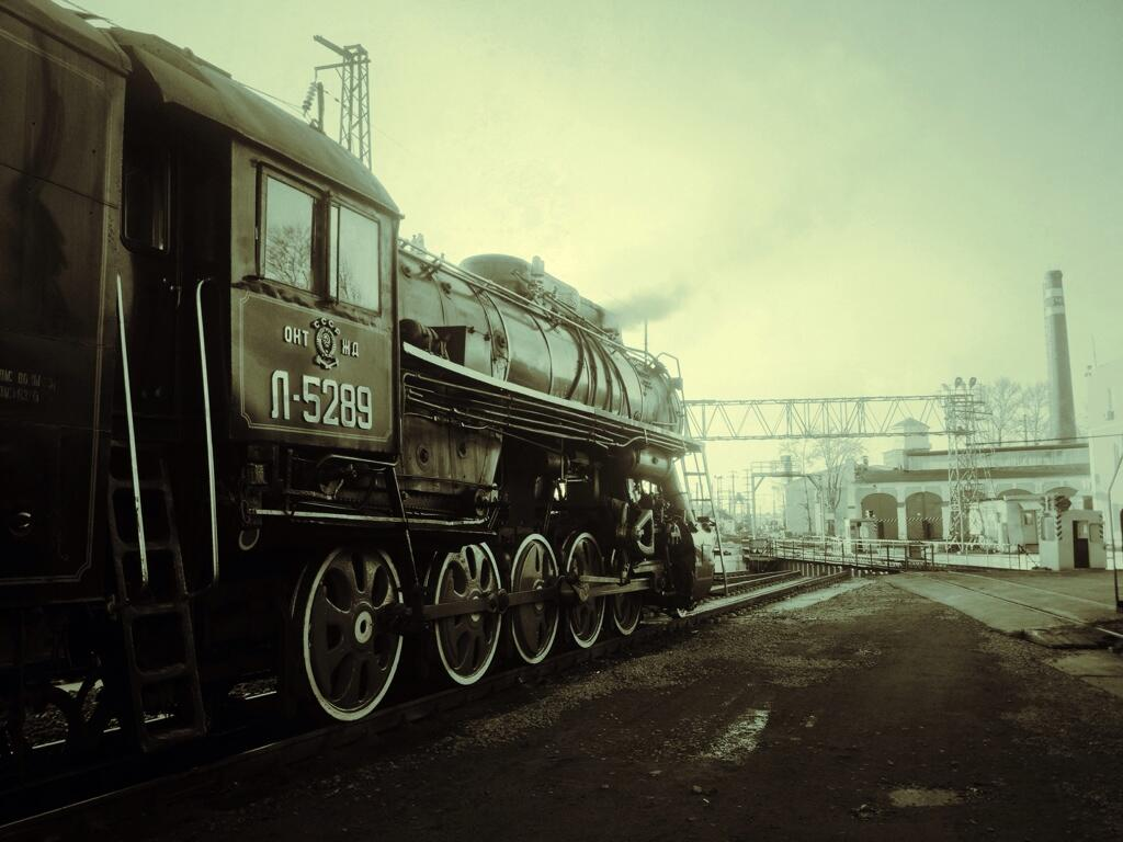 Twitter / icloud_anna: Old train Mu new photo ...