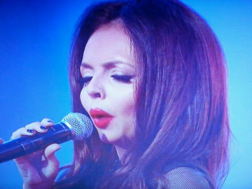 RT @cumiskey: Good to see @carolvorders performing with @LittleMixOffic on @TNLUK tonight. http://t.co/hDNwzpj6gA