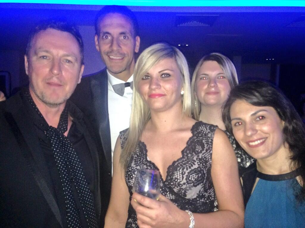 RT @riofoundation: Our partner from @bigworldimpact with @rioferdy5 at the Gala Dinner #RFFgala http://t.co/npGxbWaiNH