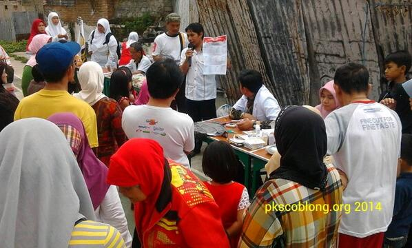 Iman Lestariyono sosialisasikan contoh surat suara