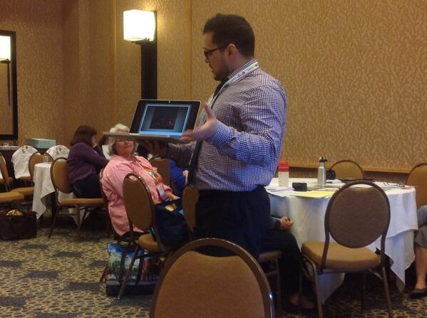 Michael Orlando presenting to middle level - learn more http://t.co/lXYgWHMSXT #artsed #naea14 http://t.co/nCfceHtGGO