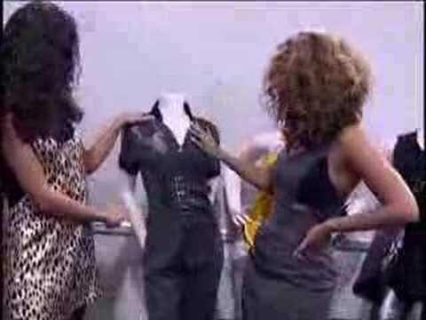 VIDEO: Beyonce closet ! ! ! http://t.co/vZgSWi71yN #beyonce http://t.co/0dvqy1CGh1