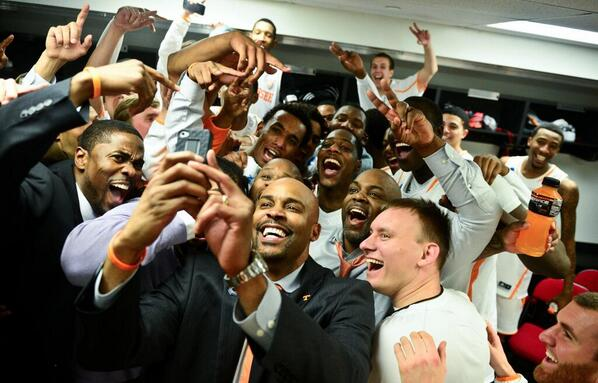 Here's @CuonzoMartin's #Selfie as it happened: http://t.co/x09LMZXN1p