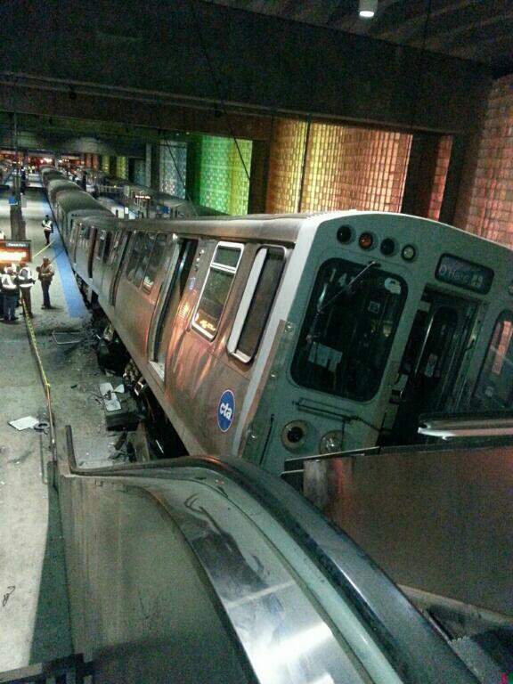 #Chicago MT @WGNNews No life-threatening injuries in #cta train derailment. Most of injured were on the train. http://t.co/Bi7DU7VgaU