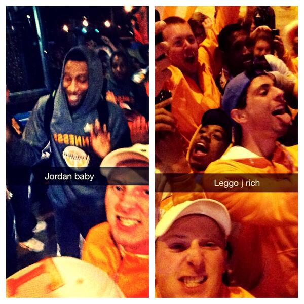@Vol_Hoops little selfie game with josh Richardson and Jordan McRae http://t.co/G0bHAYgY4g