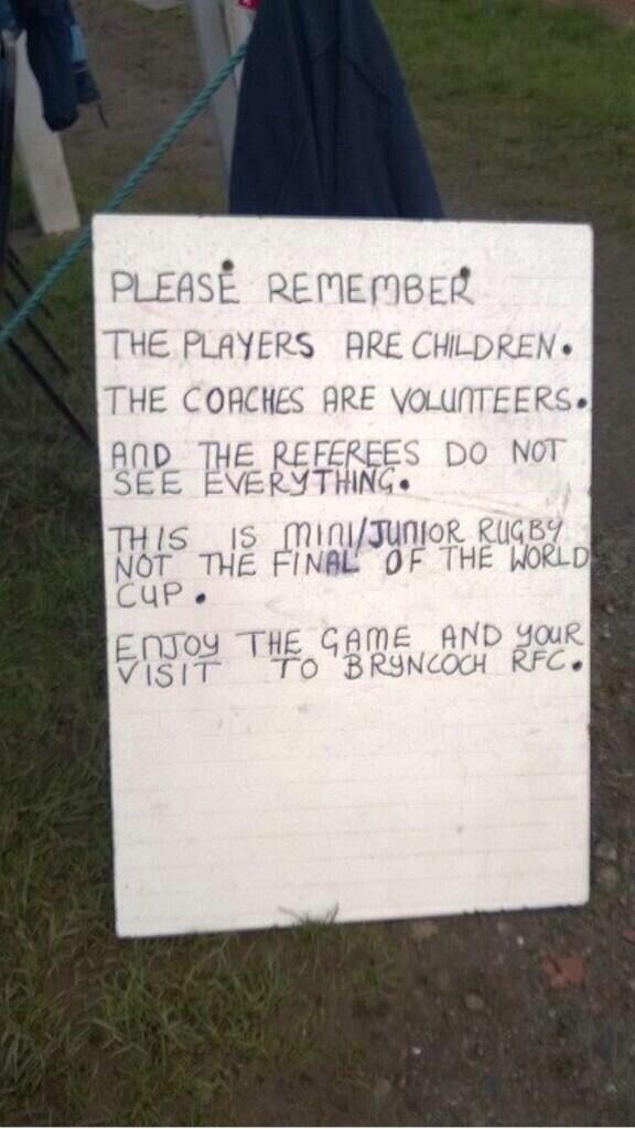 """.@geraint_hardy: Best sign ive seen in donkeys years http://t.co/VSypychfcv""  @Anderson_Leics @OWRugbyClub @RFU_RDO @MentalHealthCop"