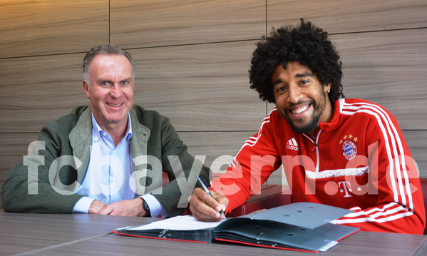 DONE DEAL! Dante ends Man United speculation signing a contract extension at Bayern Munich [Picture]