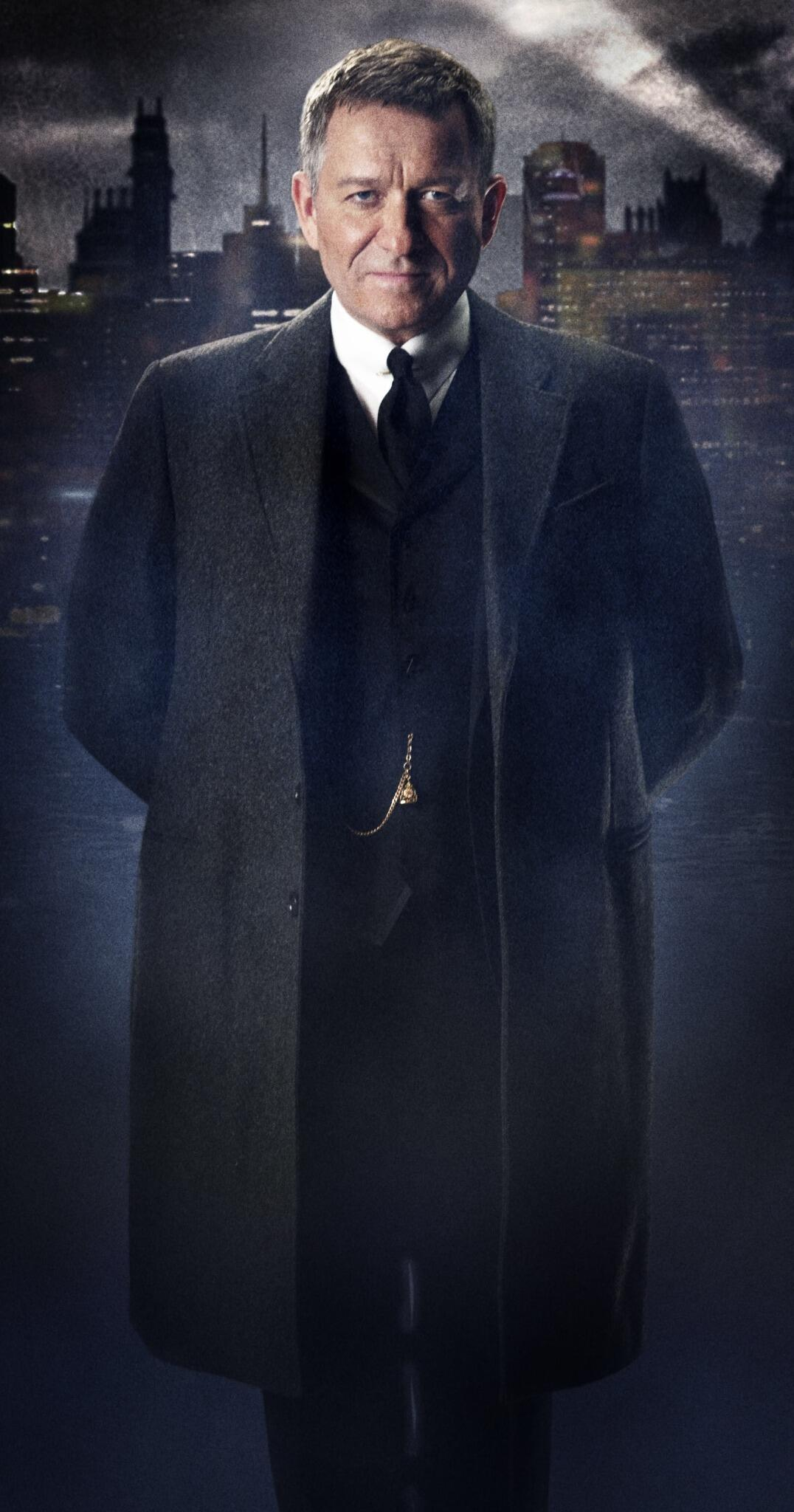 Tv Show Gotham reveals two more characters Alfred Pennyworth and Oswald Cobblepot The Penguin Bjg5FjlCUAAnhT8
