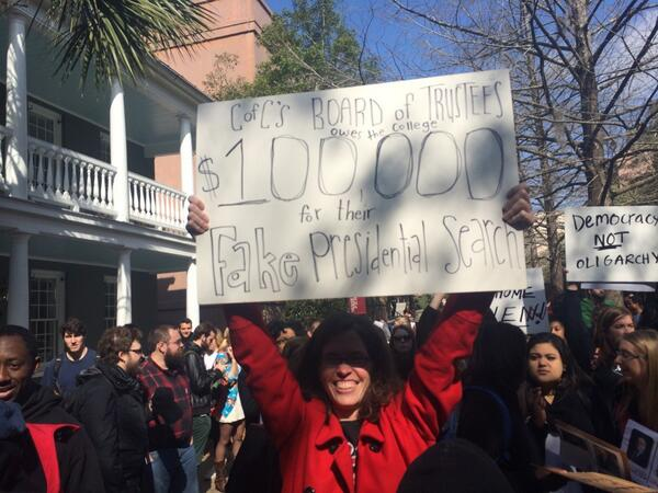 Best sign #cofc http://t.co/zQRSbCdyAl