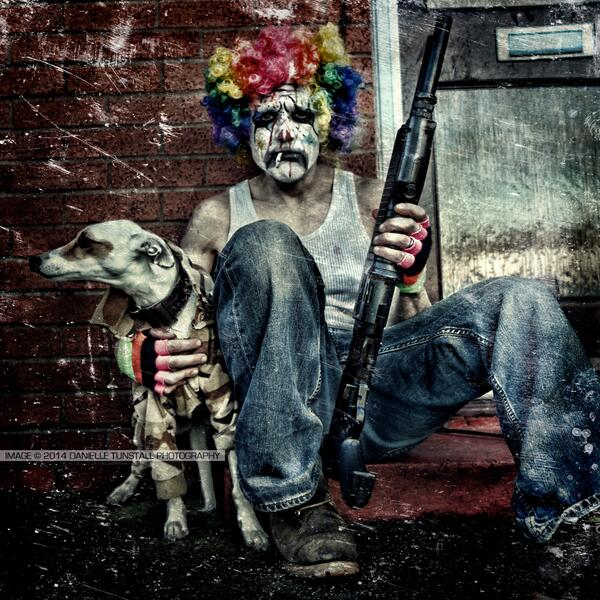 #DayInTheLife one sad clown and my dog #crunk #krunk #clown #horror #whippit #camo http://t.co/WZ8w5ZdU0S