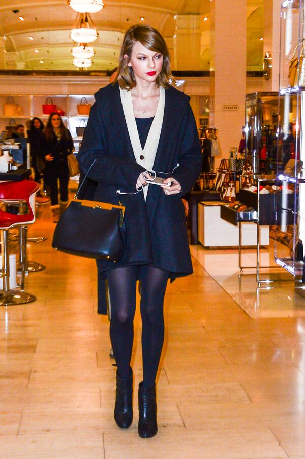 .@TaylorSwift13 stopped by our Fifth Avenue flagship today, but something was missing. @lordemusic, where were you? http://t.co/ke8Lxm3IwK