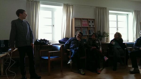 #git14 @Yannick_Haan zur politischen Partizipation http://t.co/LsHpn3KRAX
