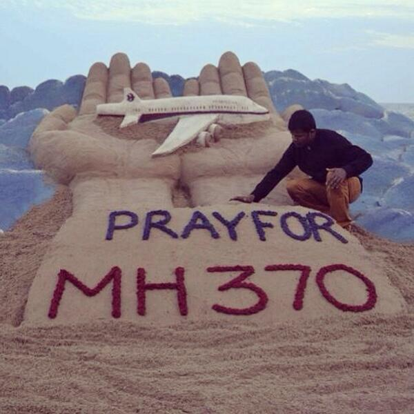 """@vicegandalines: RIP to everyone who died on MH370 found in the Indian Ocean today. #RIPMH370 http://t.co/jAinHquTjk"""