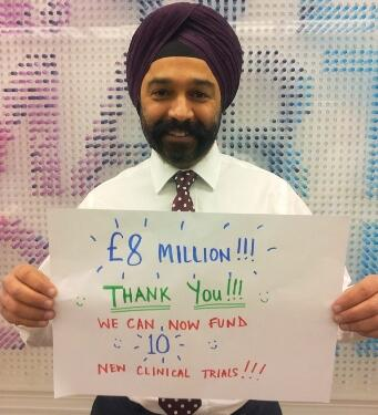 The £8 million you've raised with your #nomakeupselfie pics will help fund 10 clinical trials. http://t.co/qG3K2KMkUZ