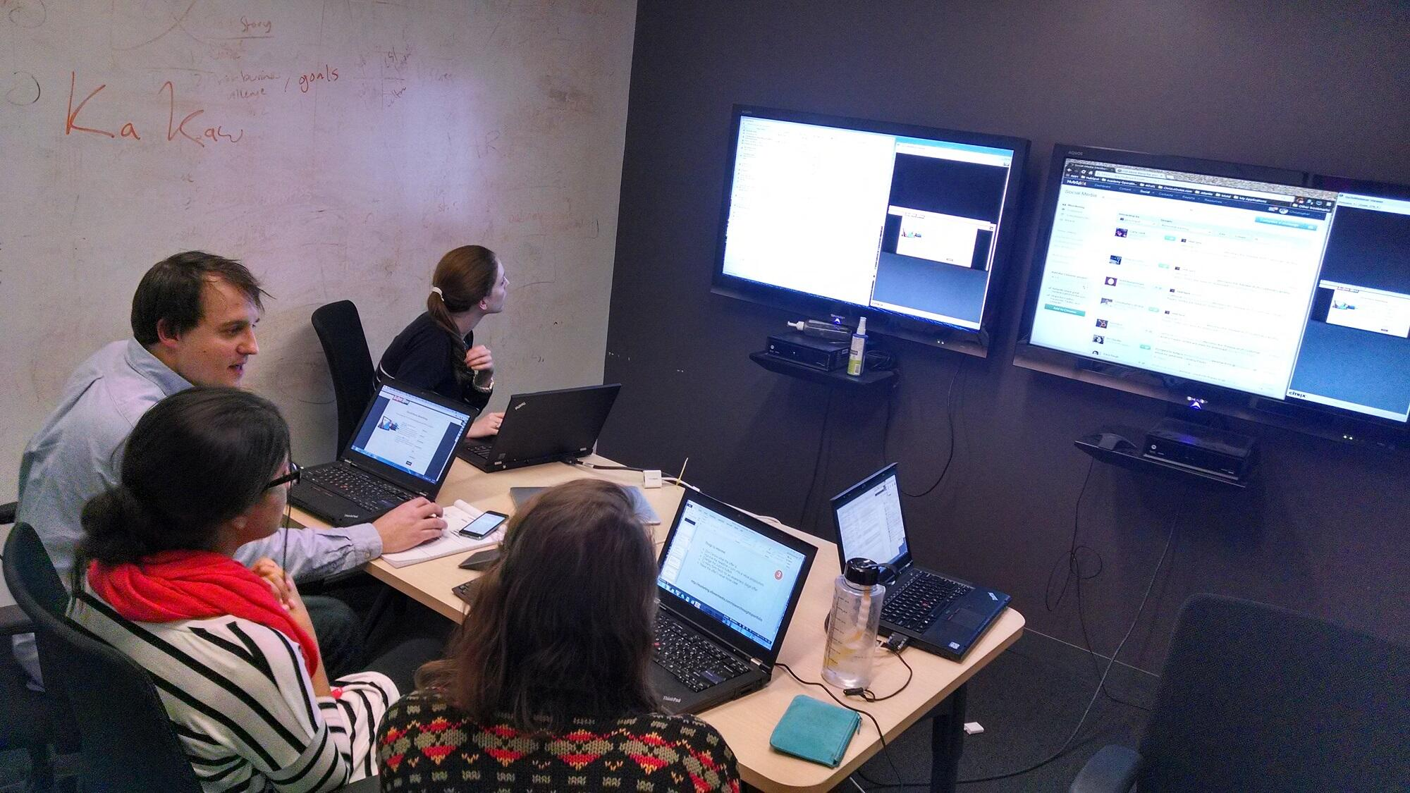 Twitter / ChrisLoDolce: #InboundLearning command center ...