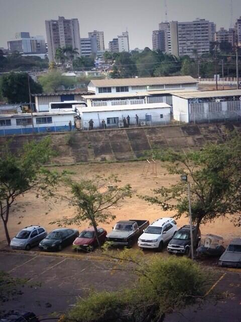 #PuertoOrdaz Se reportan movimientos en La Churuata por GNB #25m #ResistenciaVzla #represionenvenezuela #Guayana http://t.co/BRwi7GqFIc