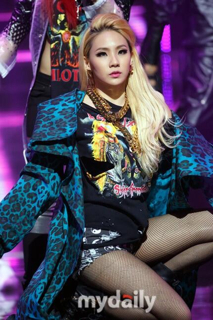 #YGLIFENEWS CL TO COLLABORATE w/ #Skrillex : WOULD SHE BECOME NEXT MUSE FOR US POP MARKET?@ http://t.co/p8EqdZbGTN